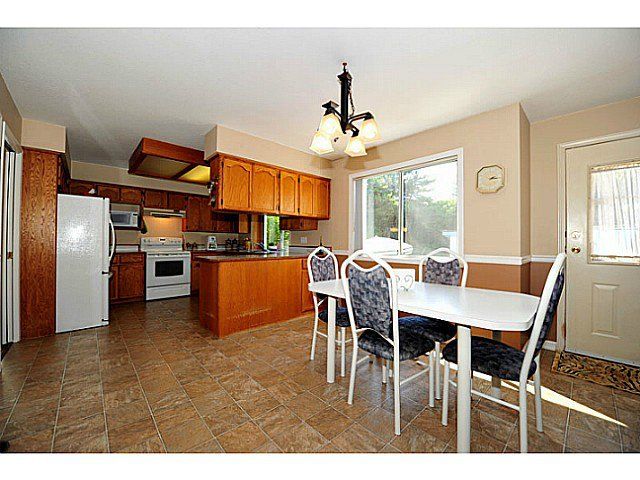 Photo 9: Photos: 2441 Grosvenor Place in Abbotsford: House for sale : MLS®# F1319671