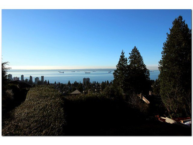 Main Photo: 2320 Palmerston in West Vancouver: Dundarave House for sale : MLS®# V1103975