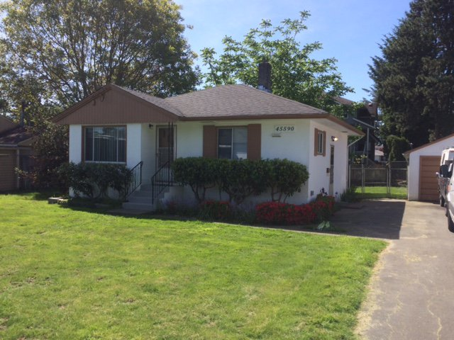 Main Photo: 45590 Princess Avenue in Chilliwack: Chilliwack W Young-Well House for sale : MLS®# R2054866