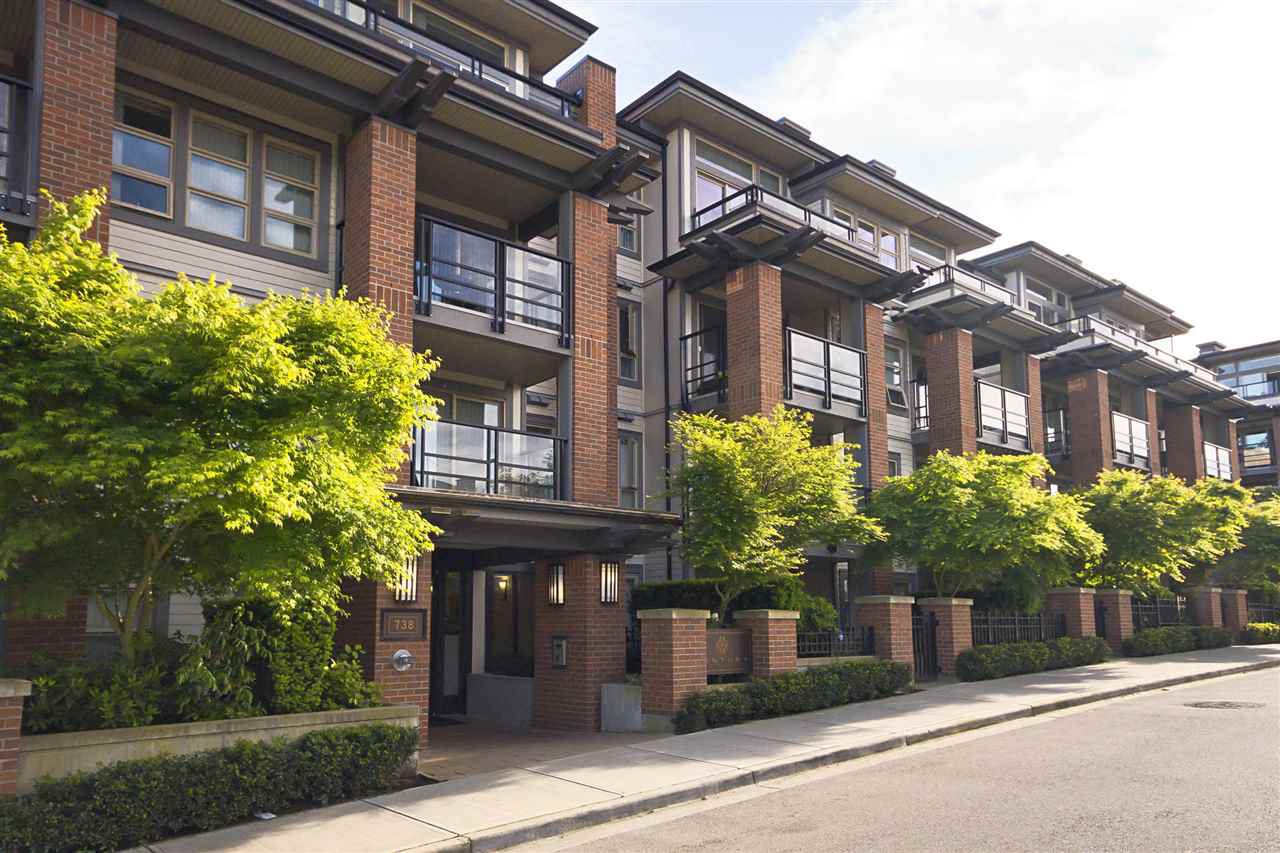 Main Photo: 426 738 E 29TH AVENUE in Vancouver: Fraser VE Condo for sale (Vancouver East)  : MLS®# R2068425