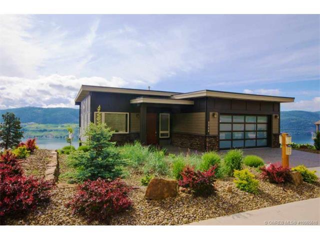 Main Photo: 8844 Tavistock Road in Vernon: House for sale : MLS®# 10065618