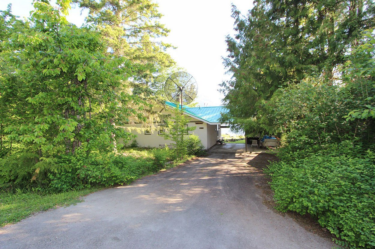 Photo 6: Photos: 4873 Parker Road: Eagle Bay House for sale (South Shuswap)  : MLS®# 10184546