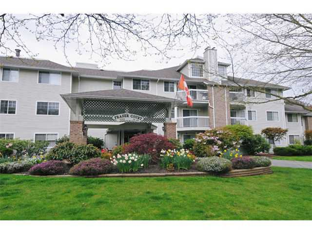 "Main Photo: 108 22514 116TH Avenue in Maple Ridge: East Central Condo for sale in ""FRASER COURT"" : MLS®# V965506"
