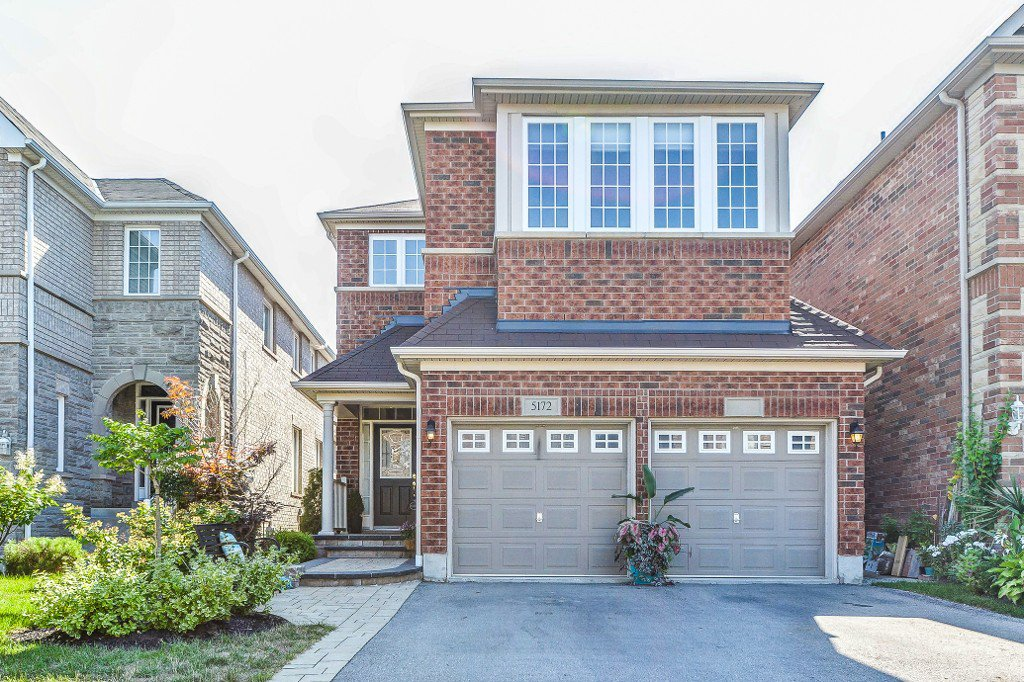 Main Photo: 5172 Littlebend Drive in Mississauga: Churchill Meadows Freehold for sale