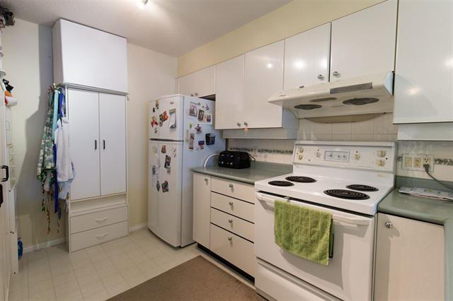 Photo 5: Photos: #206-5888 DOVER CR in RICHMOND: Riverdale RI Condo for sale (Richmond)  : MLS®# R2139198