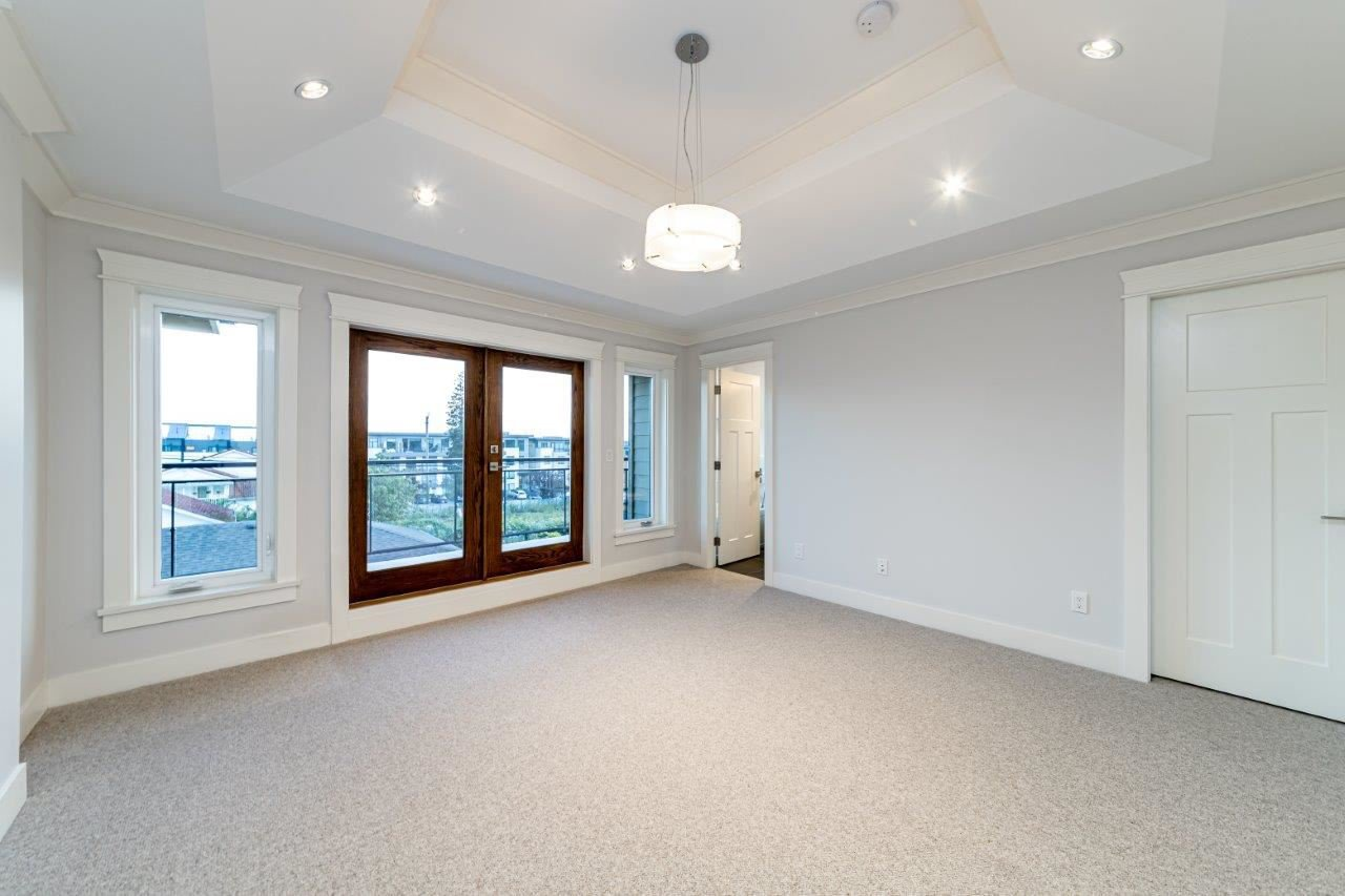 Photo 27: Photos: 543 E 4TH Street in North Vancouver: Lower Lonsdale House 1/2 Duplex for sale : MLS®# R2453996