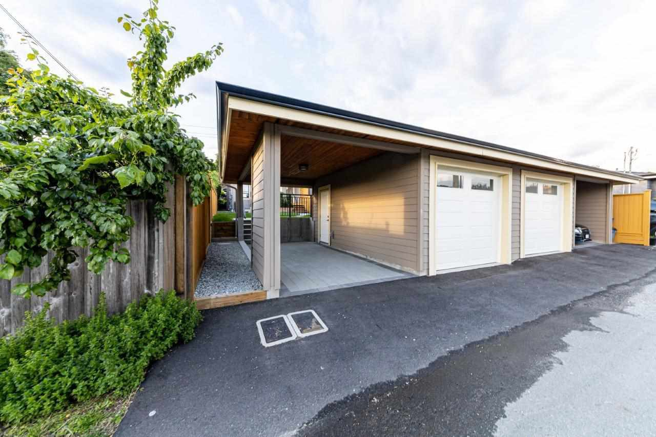 Photo 40: Photos: 543 E 4TH Street in North Vancouver: Lower Lonsdale House 1/2 Duplex for sale : MLS®# R2453996
