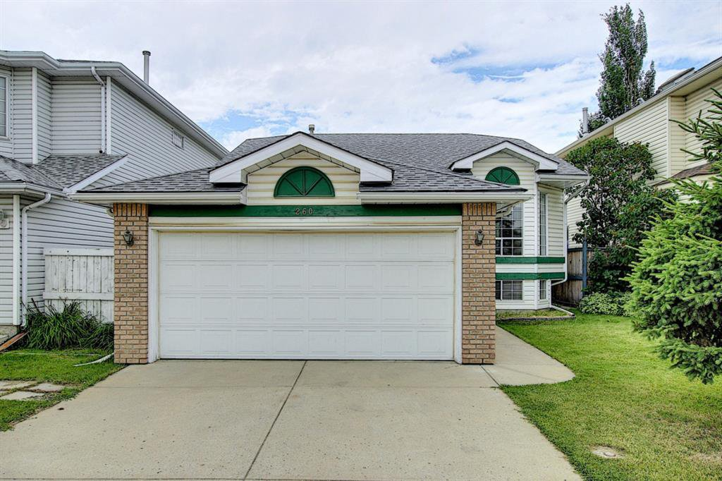 Main Photo: 260 APPLEWOOD Drive SE in Calgary: Applewood Park Detached for sale : MLS®# A1016719