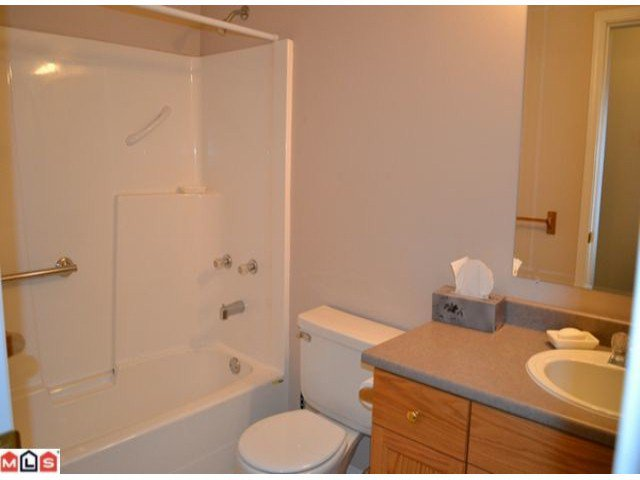 Photo 5: Photos: 458 3RD Avenue in Hope: Hope Center House for sale : MLS®# H1202242