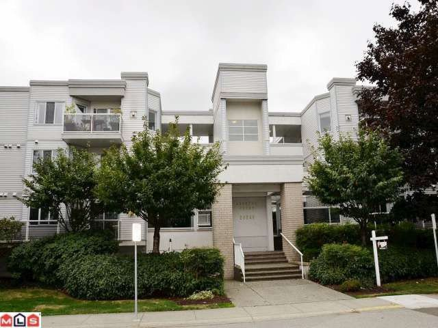 "Main Photo: 106 20240 54A Avenue in Langley: Langley City Condo for sale in ""ARBUTUS COURT"" : MLS®# F1224337"