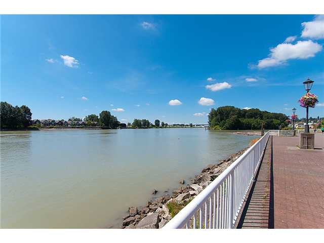 """Photo 20: Photos: # 204 2 RENAISSANCE SQ in New Westminster: Quay Condo for sale in """"THE LIDO"""" : MLS®# V1018101"""