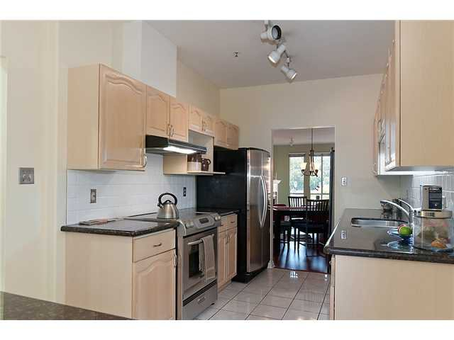 """Photo 8: Photos: # 204 2 RENAISSANCE SQ in New Westminster: Quay Condo for sale in """"THE LIDO"""" : MLS®# V1018101"""