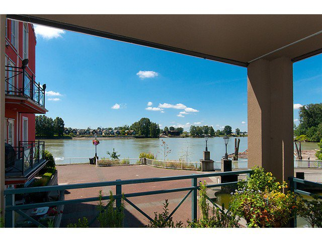"""Photo 17: Photos: # 204 2 RENAISSANCE SQ in New Westminster: Quay Condo for sale in """"THE LIDO"""" : MLS®# V1018101"""