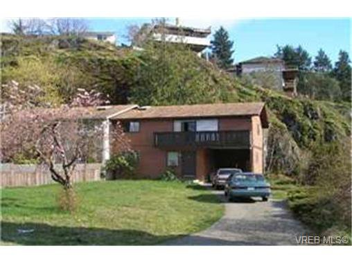 Main Photo:  in VICTORIA: La Thetis Heights Half Duplex for sale (Langford)  : MLS®# 427238