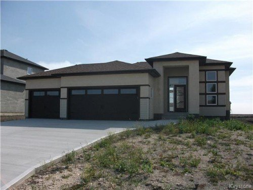 Main Photo: 34 Fourth Avenue in Winnipeg: La Salle Single Family Detached for sale (Manitoba Other)  : MLS®# 1603067
