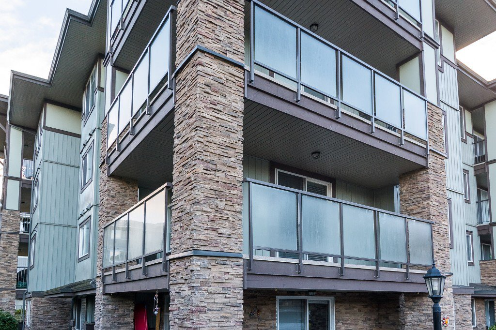 Photo 18: Photos: 202-2038 Sandalwood Cres in Abbotsford: Central Abbotsford Condo for rent