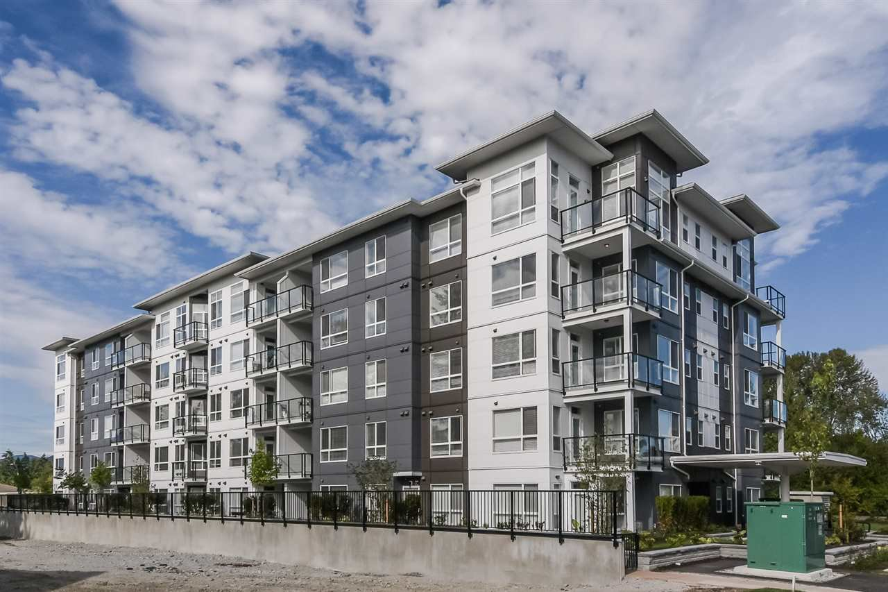 "Main Photo: 502 22315 122 Avenue in Maple Ridge: East Central Condo for sale in ""The Emerson"" : MLS®# R2408588"