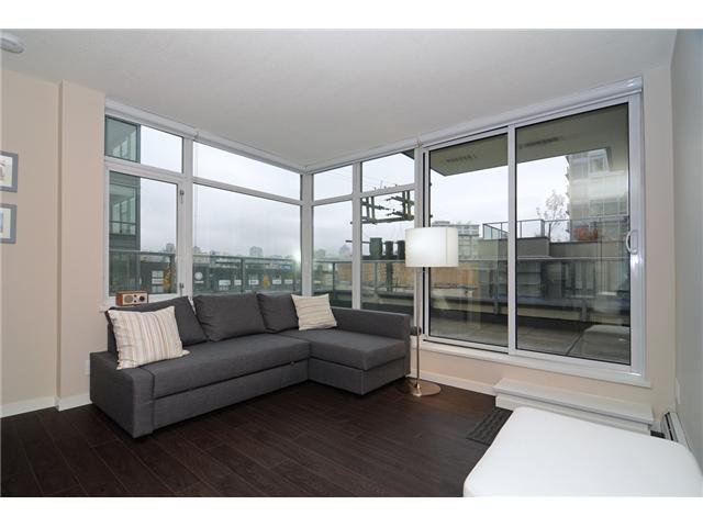 Main Photo: # 304 138 W 1ST AV in Vancouver: False Creek Condo for sale (Vancouver West)  : MLS®# V1112097