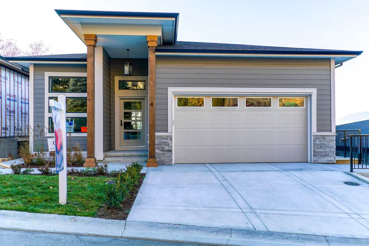"""Main Photo: 4 5248 GOLDSPRING Place in Chilliwack: Promontory House for sale in """"GOLDSPRING HEIGHTS"""" (Sardis)  : MLS®# R2480037"""