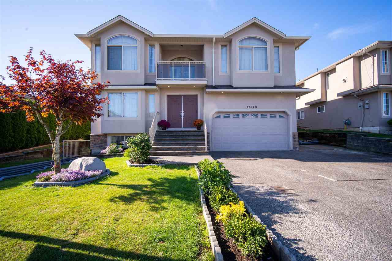 Main Photo: 31548 HOMESTEAD Crescent in Abbotsford: Abbotsford West House for sale : MLS®# R2492170