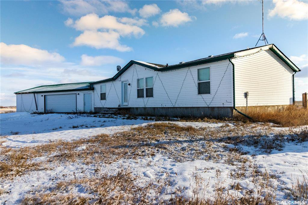 Main Photo: Haultain Road Estate in Dundurn: Residential for sale (Dundurn Rm No. 314)  : MLS®# SK838085