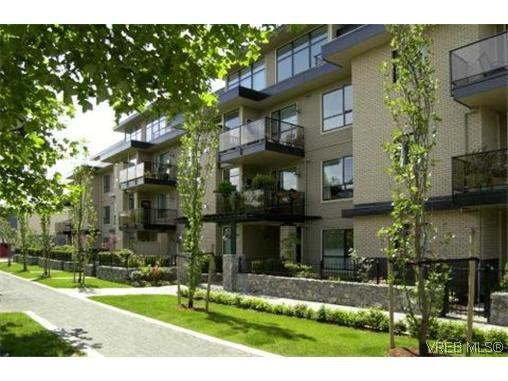 Main Photo: 206 330 Waterfront Crescent in VICTORIA: Vi Rock Bay Condo Apartment for sale (Victoria)  : MLS®# 318278