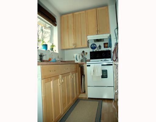 Photo 5: Photos: 3449 W 6TH AV in : Kitsilano House for sale : MLS®# V781504
