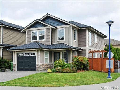 Main Photo: 804 Gannet Court in VICTORIA: La Bear Mountain Residential for sale (Langford)  : MLS®# 338049
