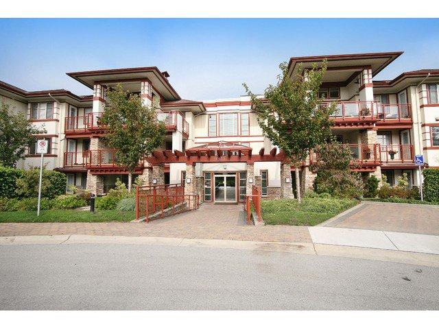 Main Photo: # 205 16433 64 AV in Surrey: Cloverdale BC Condo for sale (Cloverdale)  : MLS®# F1436529
