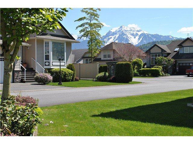 Main Photo: # 38 349 WALNUT AV: Harrison Hot Springs House for sale : MLS®# H2151865