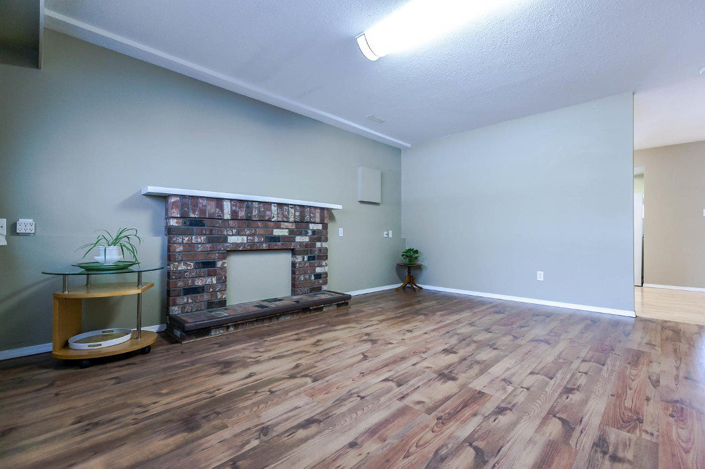 Photo 36: Photos: 6163 172 Street in Surrey: Cloverdale BC House for sale (Cloverdale)  : MLS®# R2137585
