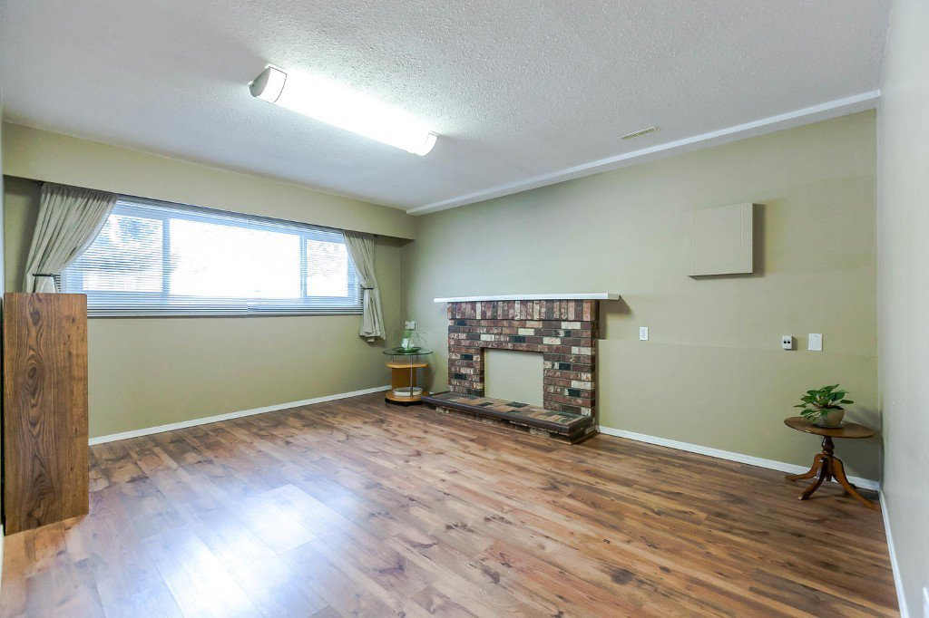 Photo 37: Photos: 6163 172 Street in Surrey: Cloverdale BC House for sale (Cloverdale)  : MLS®# R2137585