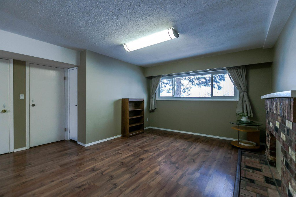 Photo 34: Photos: 6163 172 Street in Surrey: Cloverdale BC House for sale (Cloverdale)  : MLS®# R2137585
