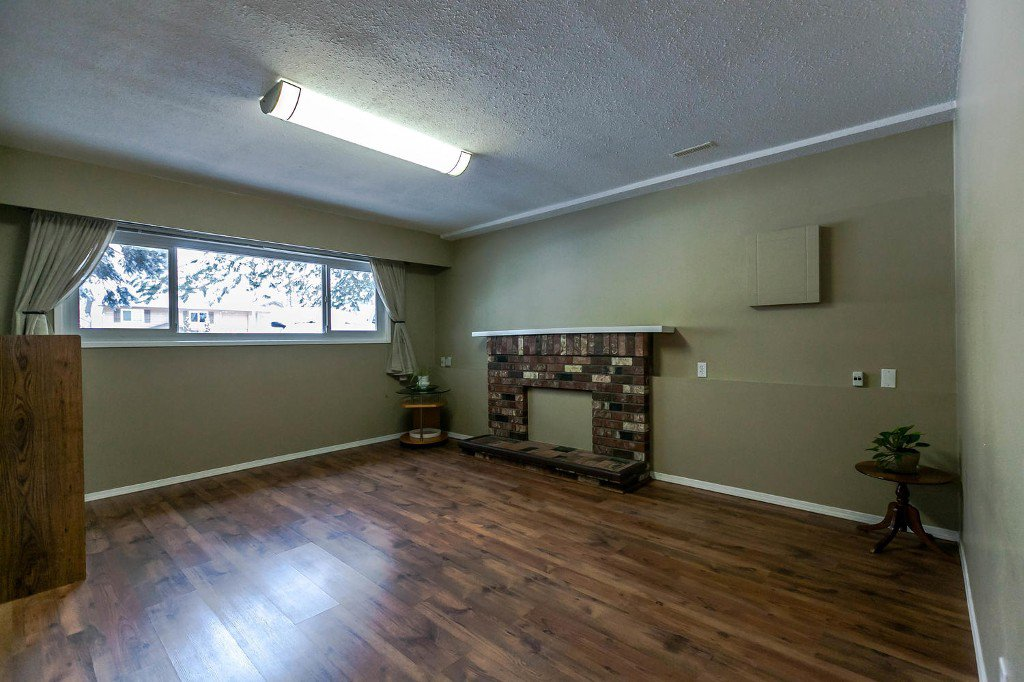Photo 33: Photos: 6163 172 Street in Surrey: Cloverdale BC House for sale (Cloverdale)  : MLS®# R2137585