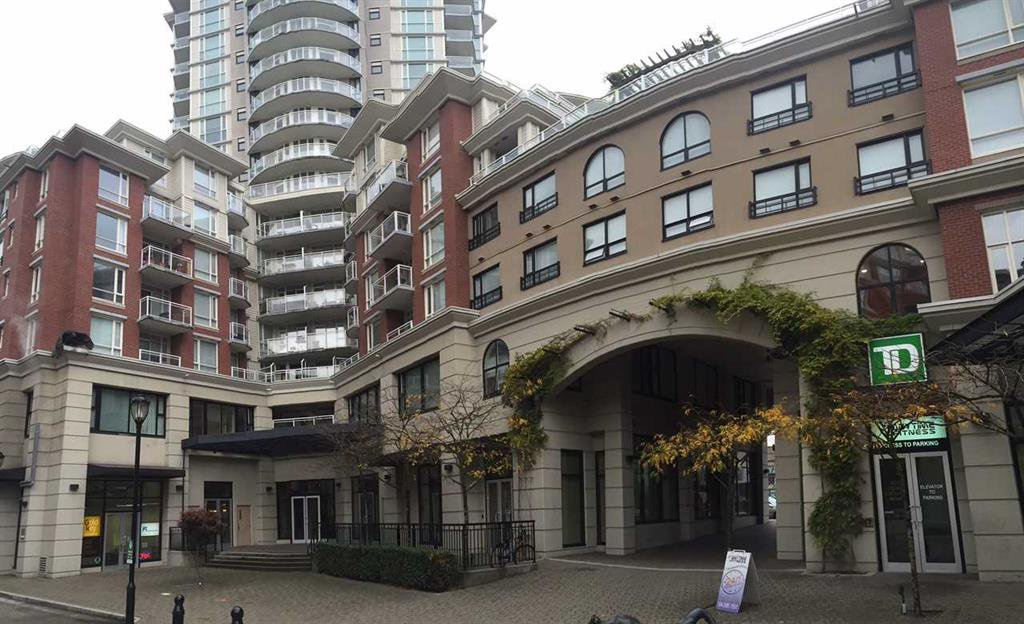 Main Photo: 451 1432 Kingsway in Vancouver: Condo for sale : MLS®# r2014055