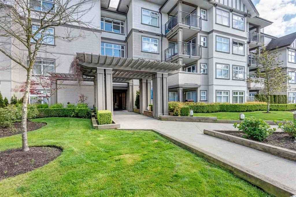 "Main Photo: 444 27358 32 Avenue in Langley: Aldergrove Langley Condo for sale in ""Willow Creek"" : MLS®# R2463886"