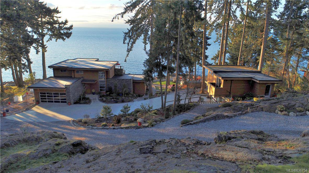 Main Photo: 7703 West Coast Rd in Sooke: Sk West Coast Rd Single Family Detached for sale : MLS®# 836754