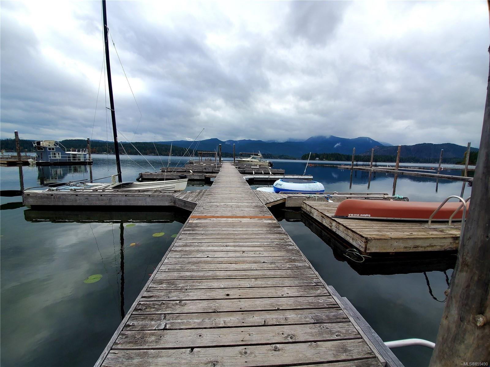 Main Photo: 2 9624 Lakeshore Rd in : PA Sproat Lake Row/Townhouse for sale (Port Alberni)  : MLS®# 859490