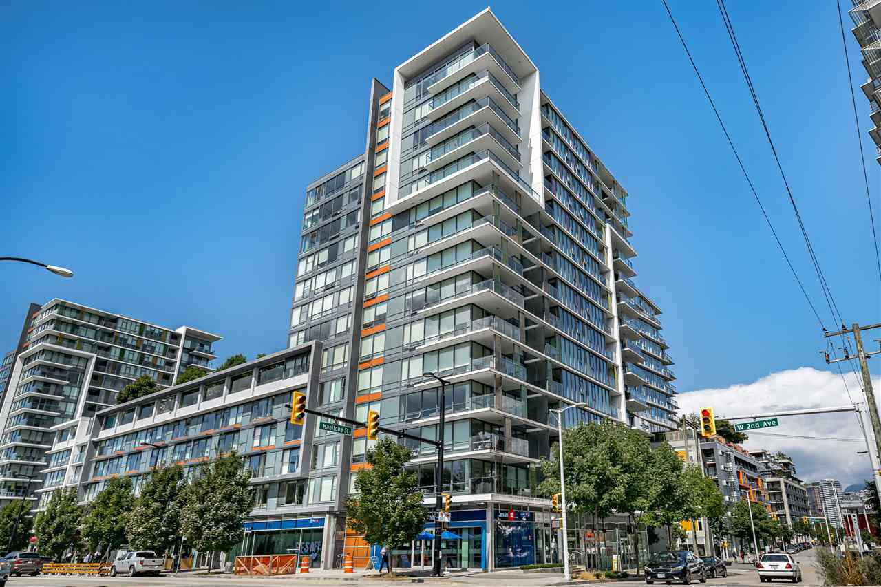 Photo 1: Photos: 213 1783 MANITOBA STREET in Vancouver: False Creek Condo for sale (Vancouver West)  : MLS®# R2487001