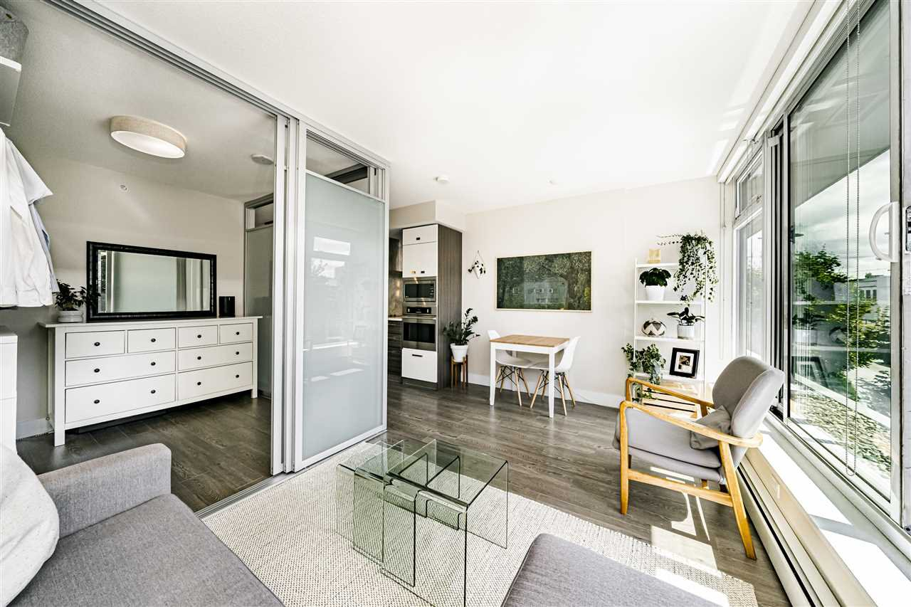 Photo 9: Photos: 213 1783 MANITOBA STREET in Vancouver: False Creek Condo for sale (Vancouver West)  : MLS®# R2487001