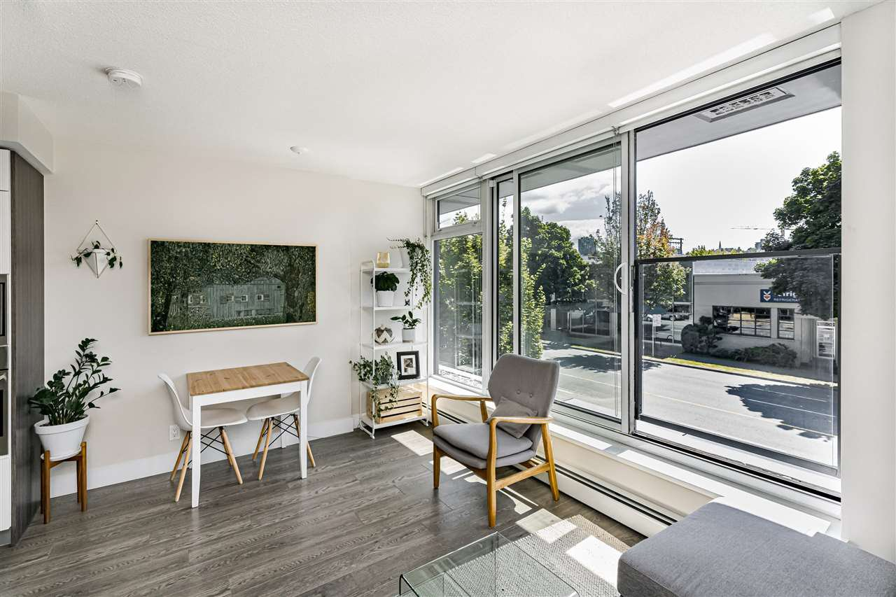 Photo 10: Photos: 213 1783 MANITOBA STREET in Vancouver: False Creek Condo for sale (Vancouver West)  : MLS®# R2487001
