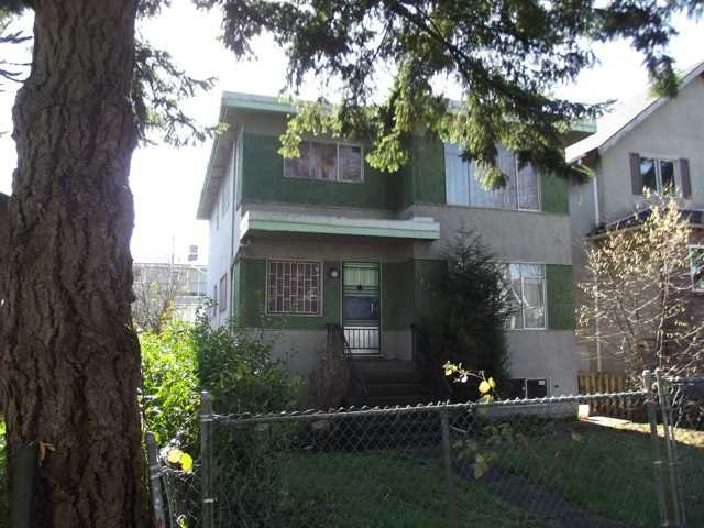 """Main Photo: 774 E 10TH Avenue in Vancouver: Mount Pleasant VE House for sale in """"MOUNT PLEASANT"""" (Vancouver East)  : MLS®# V942776"""
