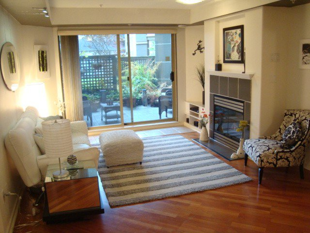 """Main Photo: # 211 214 11TH ST in New Westminster: Uptown NW Condo for sale in """"DISCOVERY REACH"""" : MLS®# V981438"""