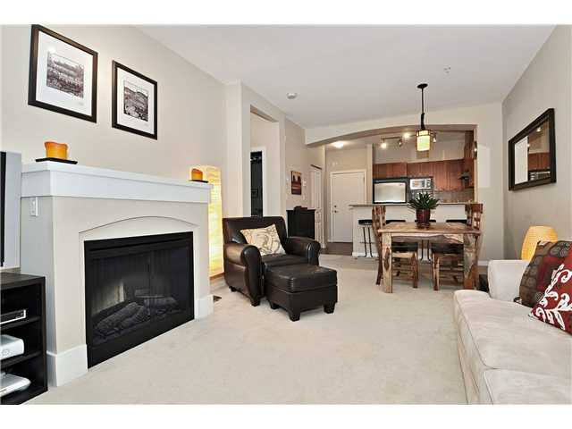 """Main Photo: # 101 2969 WHISPER WY in Coquitlam: Westwood Plateau Condo for sale in """"SUMMERLIN"""" : MLS®# V909010"""