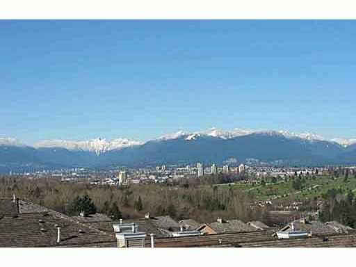 Photo 1: Photos: 401 5270 Oakmount Crescent in Burnaby: Oaklands Condo for sale (Burnaby South)  : MLS®# v1031648
