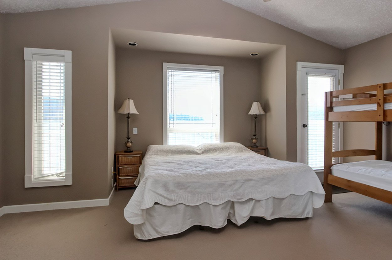 Photo 15: Photos: 2022 Eagle Bay Road: Blind Bay House for sale (South Shuswap)  : MLS®# 10202297