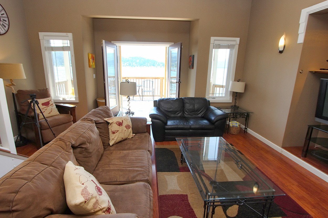 Photo 12: Photos: 2022 Eagle Bay Road: Blind Bay House for sale (South Shuswap)  : MLS®# 10202297
