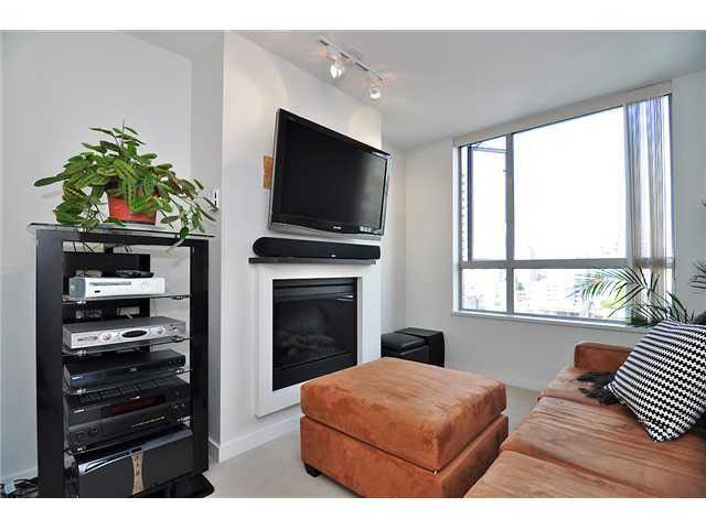 Main Photo: 1809 1225 RICHARDS STREET in : Downtown VW Condo for sale : MLS®# V851819
