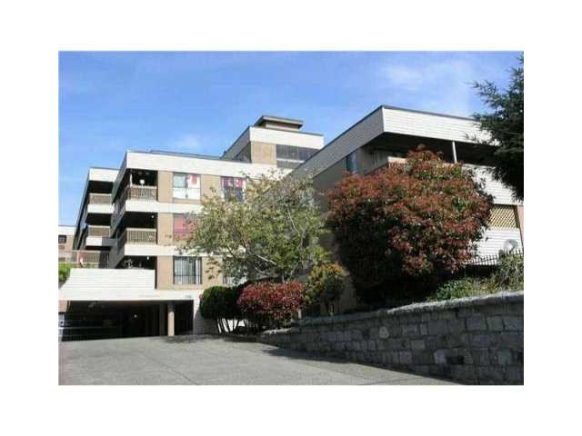 "Main Photo: 314 715 ROYAL Avenue in New Westminster: Uptown NW Condo for sale in ""VISTA ROYALE"" : MLS®# V966267"