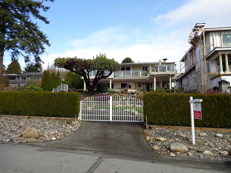 Main Photo: 13079 13TH Avenue in Surrey: Crescent Bch Ocean Pk. House for sale (South Surrey White Rock)  : MLS®# F1306563